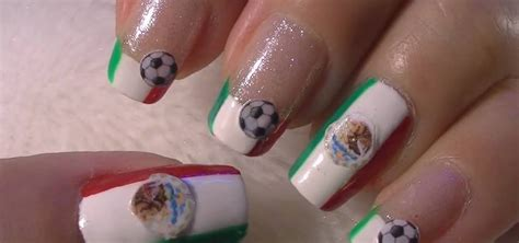 how to do mexico inspired nail art for the 2010 world cup