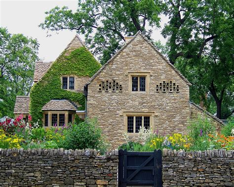 Cotswold Cottages by Country Cotswold Cottage
