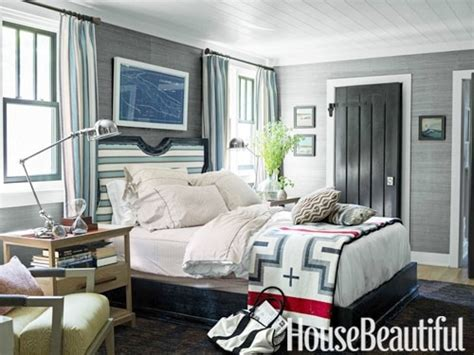 lake house bedroom decor lake house cottage decor setting for four