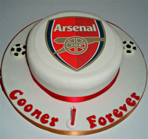 arsenal cake arsenal 4 tottenham 2 delights by cynthia