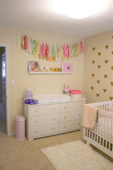 Color Pared Habitacion Bebe #3: Habitacion-bebe-corazones-2.jpg