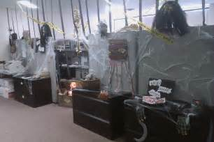 halloween themes for workplace halloween cubicle decorating contest ideas submited images