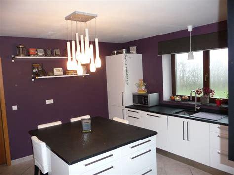 cuisine noir et aubergine