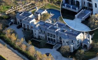 house with a moat brady bundchen mansion has a moat ny daily news