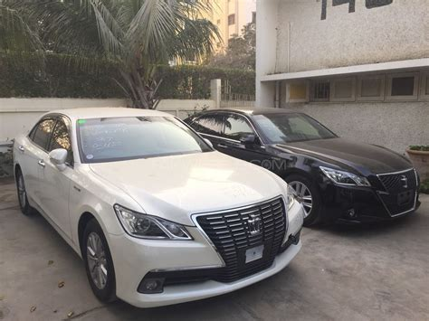 see toyota cars used toyota crown cars find toyota crown cars for sale
