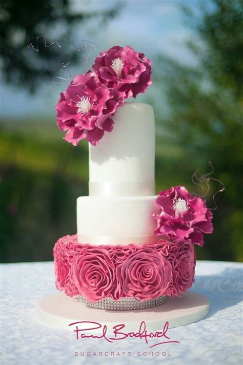 17 Best images about Paul Bradford cakes on Pinterest