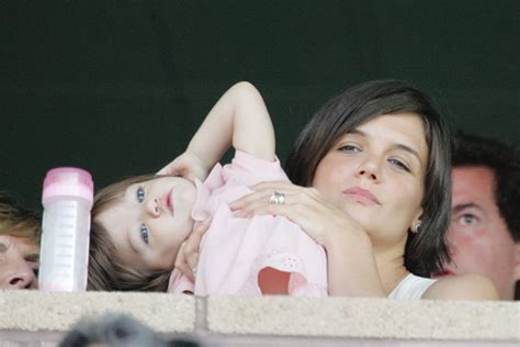 And Suri La Galaxy Vs Chelsea by Gallery Suri Cruise A Child In The Middle
