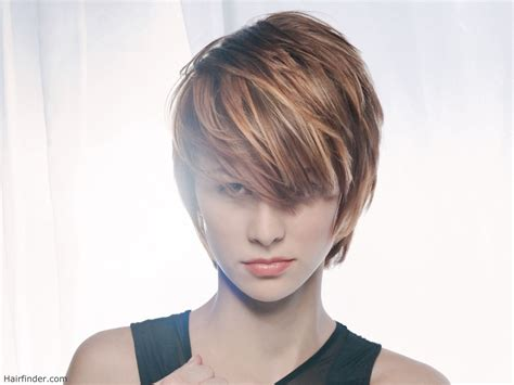 short hair styles with low and high lites jagged short haircut with highlights and lowlights