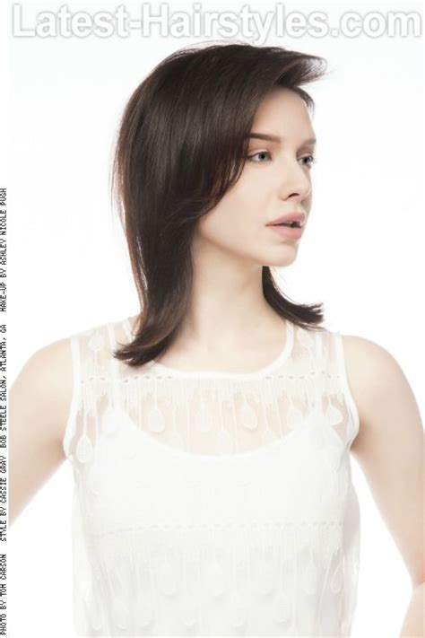 medium length bob with flipped ends long bob with flipped ends side view lobs bobs and