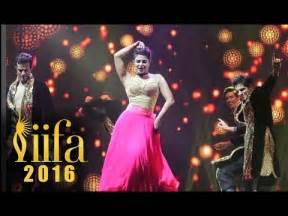 priyanka chopra dance in iifa awards priyanka chopra iifa awards 2016 performance youtube