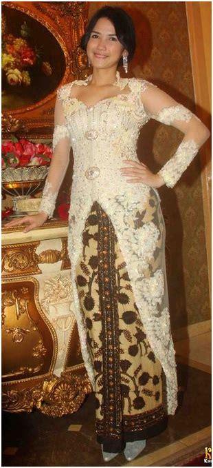 Gaun Kania by Dinda Kania Dewi1 Penjahit Kebaya 085890548801