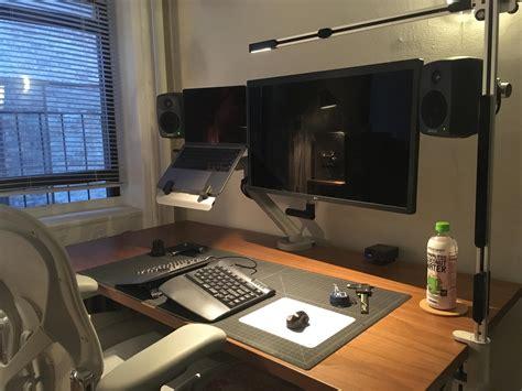 Programmer Desk Setup Industrial Designer Programmer Ergonomic Standing Desk Setup Workspaces