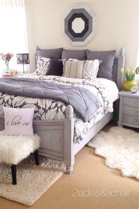 how to redo your bedroom how to quickly redo your master bedroom 2 ladies a chair