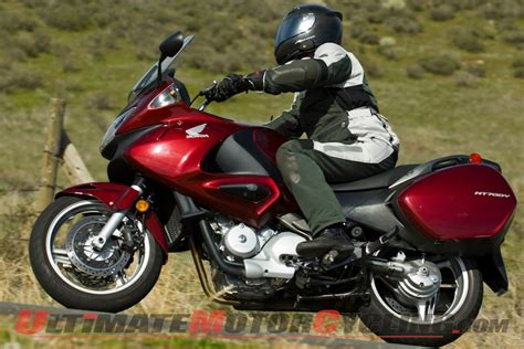 Motorrad Honda Tourer by Honda Nt700v Touring Bike Review