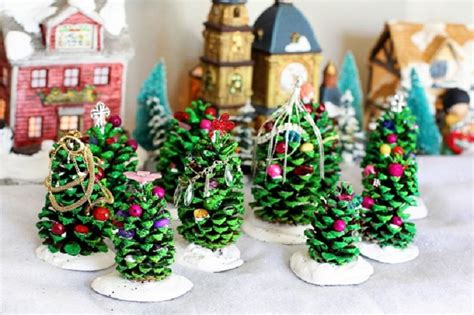 lovely christmas decorations you can make with the whole