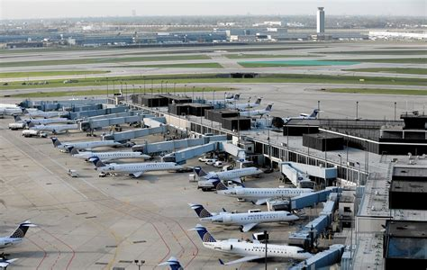 u s airfares cheapest they ve been since 2010 chicago tribune