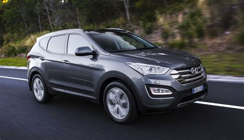 hyundai jeep 2015 2015 hyundai santa fe on sale in australia from 38 490