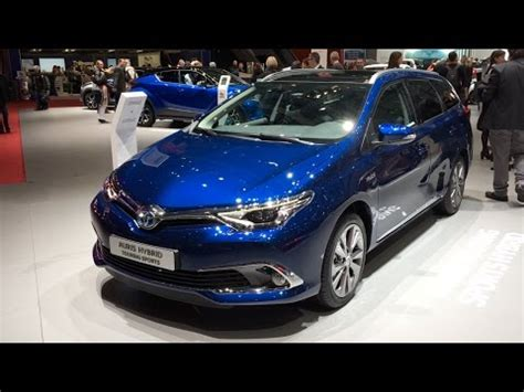 toyota auris hybrid touring sports 2017 in detail review