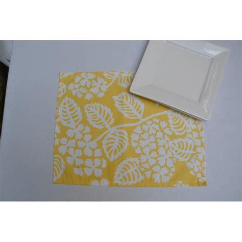 tischdecke meterware abwaschbar 2040 platzset hortensie gelb 35x45cm fleur de soleil