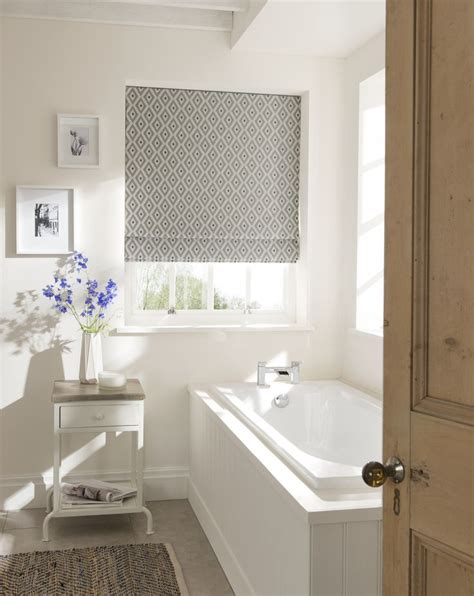 best 25 bathroom blinds ideas on kitchen