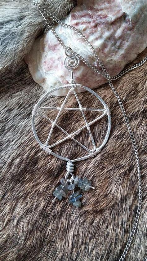 Kalung Batu Labradorite Wire Wrap labradorite wire wrapped pentacle by themagicalemporium on etsy 25 00 my spirituality