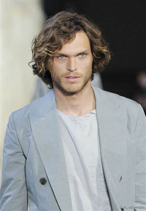 curly hairstyles receding hairline top 10 men s hairstyles for curly hair of all lengths