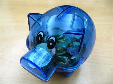 wann ist weltspartag bankkarte statt sparschwein girokonten f 252 r kinder n tv de