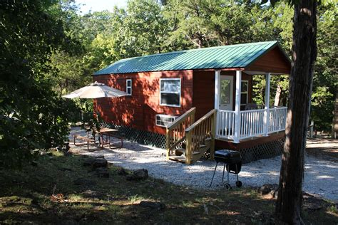 Branson Missouri Cing Cabins And Deluxe Cabin At Branson Cottages And Cabins