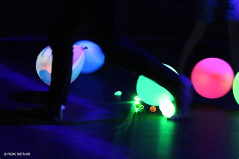 glow black light glow ideas guide how to throw a black