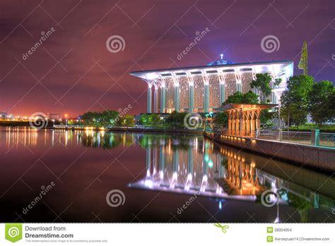 masjid besi design masjid besi putrajaya stock images image 28004054