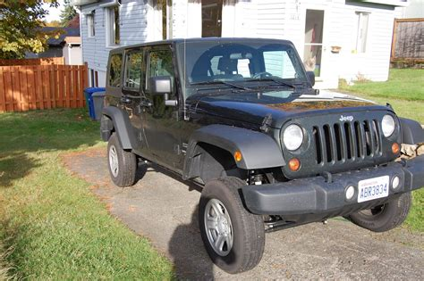 stock jeep wheels and tires random jeep picture jk with lift and little stock tires