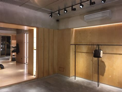 arredamento negozio abbigliamento elementi arredo negozi abbigliamento abbligliamento uomo