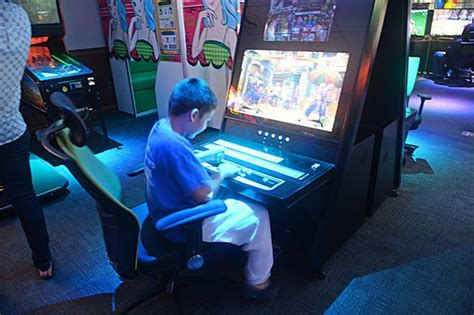 cutting room games humphreys opens cutting edge game room article the