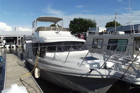 bluewater boat loans 1991 bluewater 43 cockpit motor yacht power new and used
