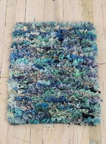 latch hook t shirt rug 17 best ideas about latch hook rugs on rug diy rugs and rugs