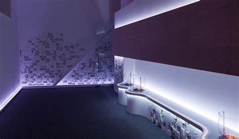 Corian Translucent by Ekero Bar Din Corian Translucent Pentru Restaurant