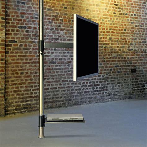 fernseher mitten im raum 5517 wissmann tv halter informationen design objekte