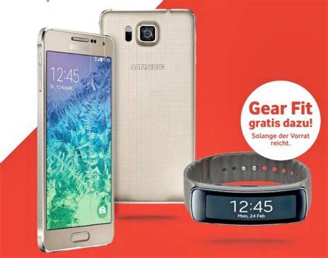 Samsung Galaxy Alpha Kaufen 496 by Vodafone Samsung Galaxy Alpha Kaufen Samsung Gear Fit