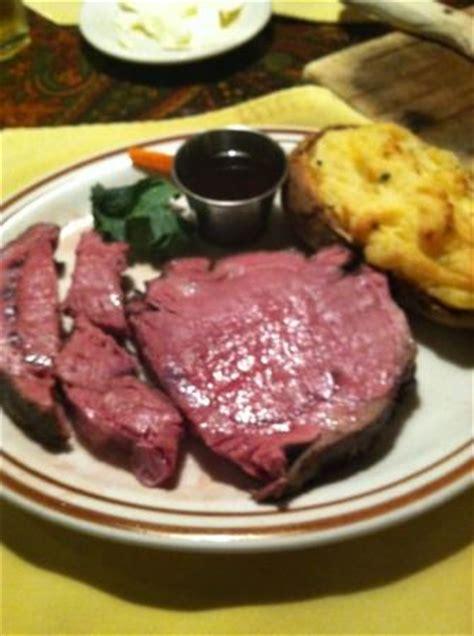 brass lantern steak house tucker lake benson 10 лучших ресторанов рядом