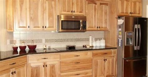 kitchen cabinet forum what granite choice with natural hickory cabinets
