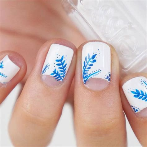 easy nail art white base 21 very easy nail designs for short nails