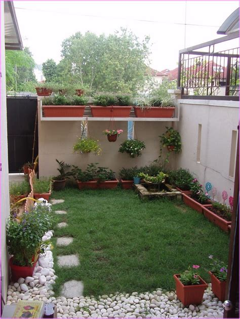 Ideas For Small Backyard Landscape Astonishing Small Landscaping Ideas Ideas For Small Backyards Small Garden