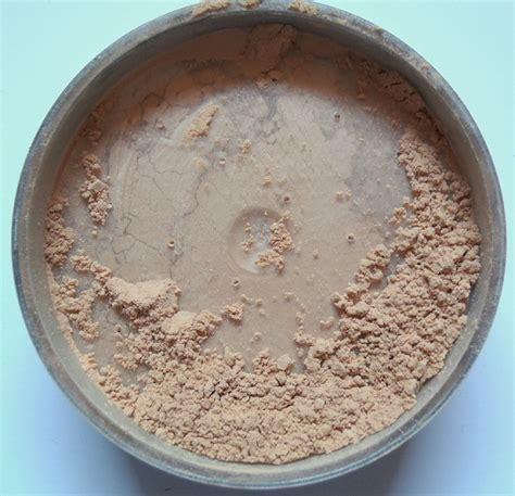 Mac Translucent Powder kryolan translucent powder tl14 review and swatches