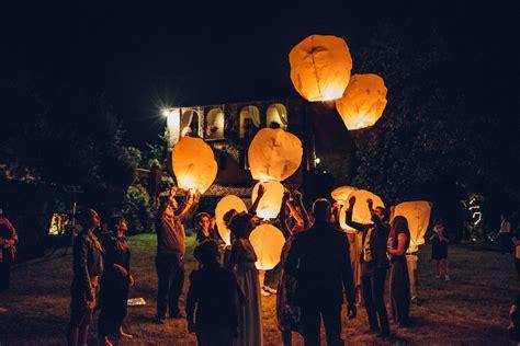 lanterne volanti significato lanterne volanti al matrimonio quando usarle dove