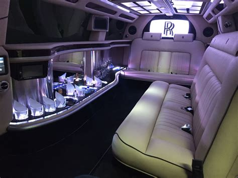 roll royce car inside rolls royce limo interior pixshark com images