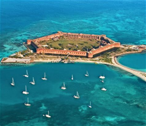 private boat to dry tortugas visit dry tortugas national park via seaplane or boat