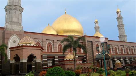 Gambar Kubah Masjid Berputar Ganda masjid kubah emas masjid dian al mahri depok