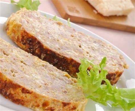 come cucinare il polpettone di carne macinata polpettone di carne la ricetta per preparare il
