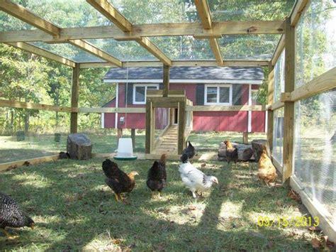 Chicken Coop Interior The 25 Best Ideas About Chicken Runs On Pinterest Run