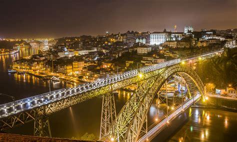 la ciudad de los oporto la ciudad de los puentes y el vino el viajero feliz
